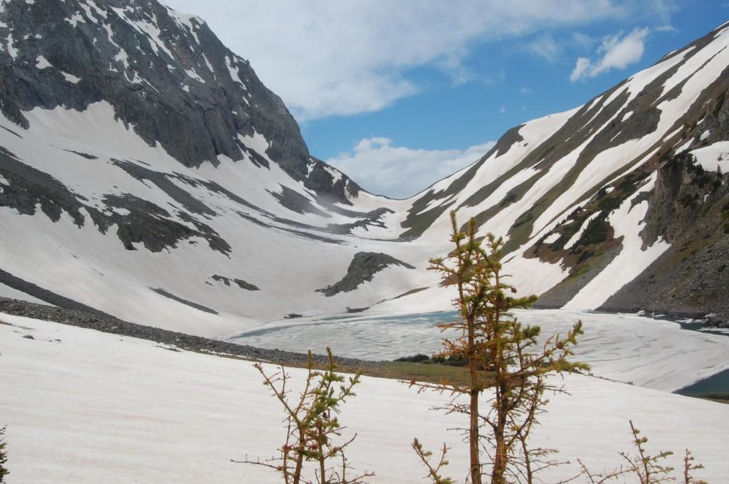 Озеро Кэпитол и перевал Кэпитол.