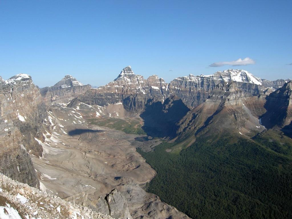 Вид с вершины г. Боулен.