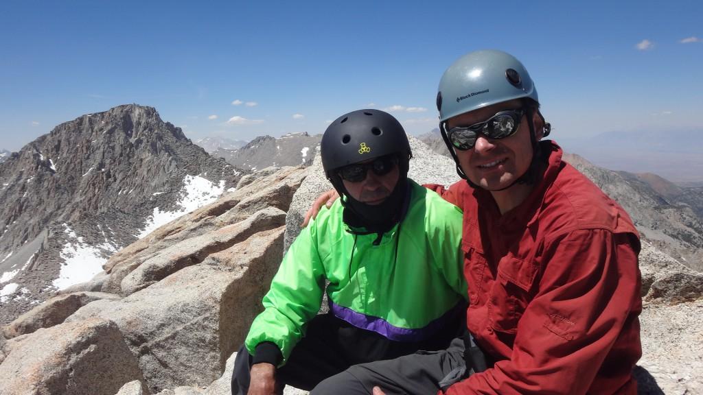 Игорь и Букреев на вершине горы Хекель. Фото: И.С.
