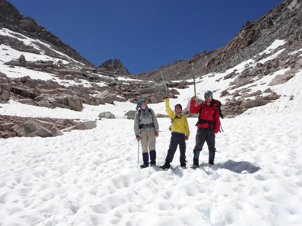 На снежнике после Пикчер Пик. Фото: Д.Г.